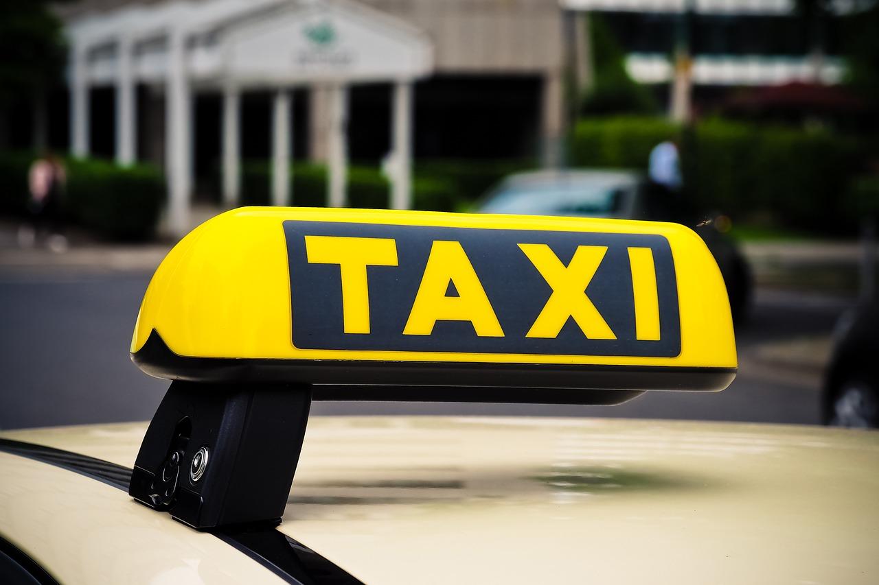 программы для служб такси в украине